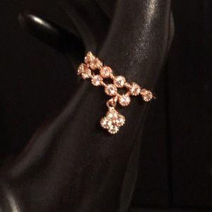Jewelry - Dangle ring